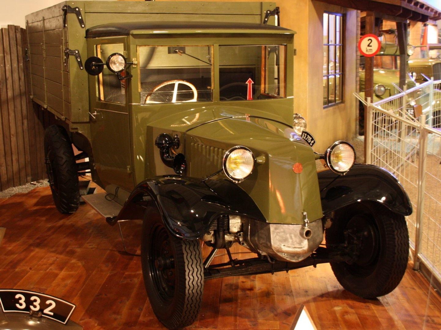 1362052331_truck-auto.info_tatra-history_1