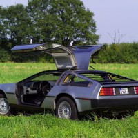 delorean_dmc-12_13