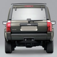 2005-2010. Jeep Commander Sport (XK)