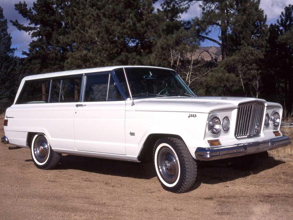 jeep_wagoneer_2-door_1