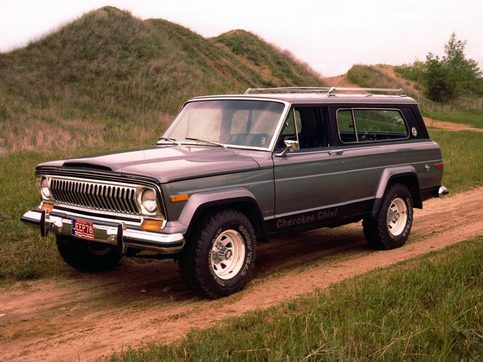 1976-1978. Jeep Cherokee Chief (SJ)