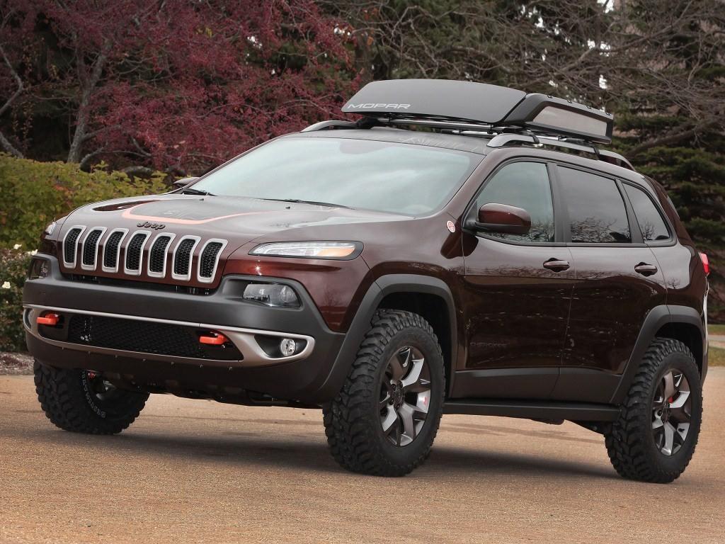 2013. Jeep Cherokee Trail Carver (KL)