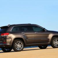 2013–н.в. Jeep Grand Cherokee Summit EU-spec (WK2)