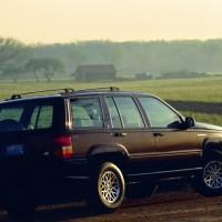jeep_grand_wagoneer_4