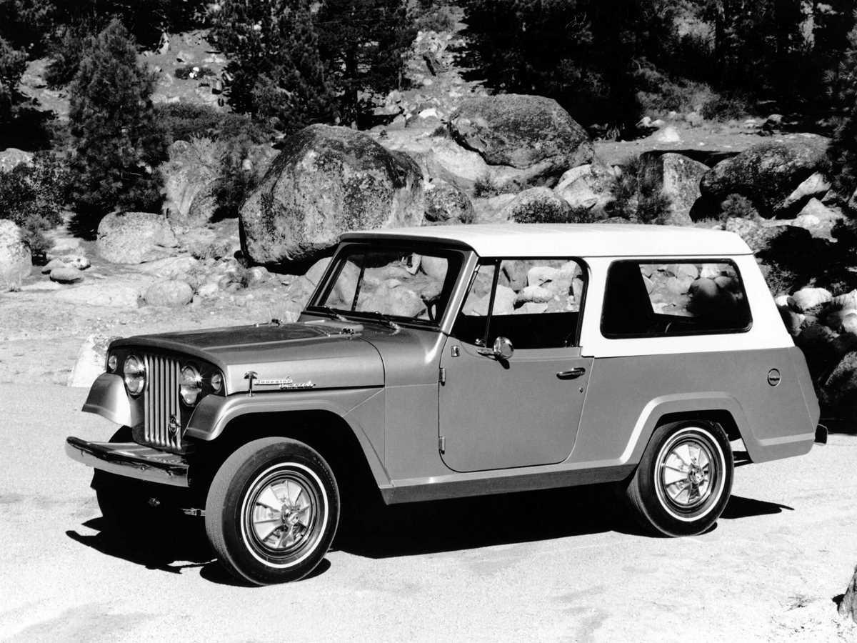 jeep_jeepster_commando_station_wagon_1