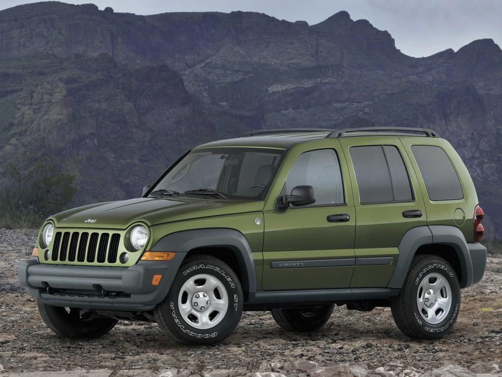 2004-2007. Jeep Liberty Sport (KJ)