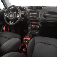 2015. Jeep Renegade Trailhawk BR-spec