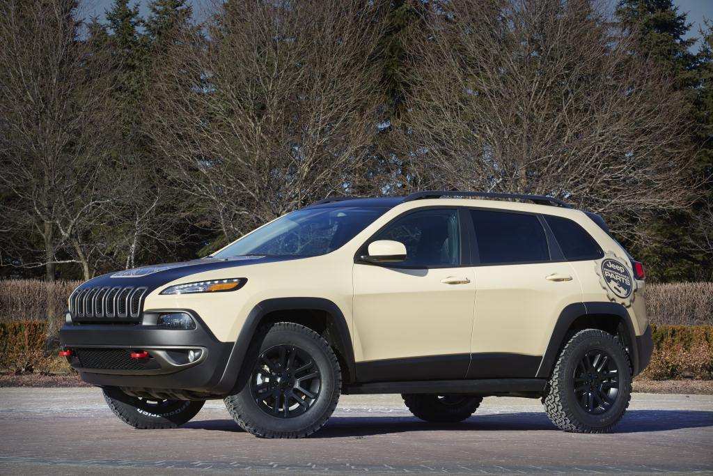 2015. Jeep Cherokee Canyon Trail Concept (KL)