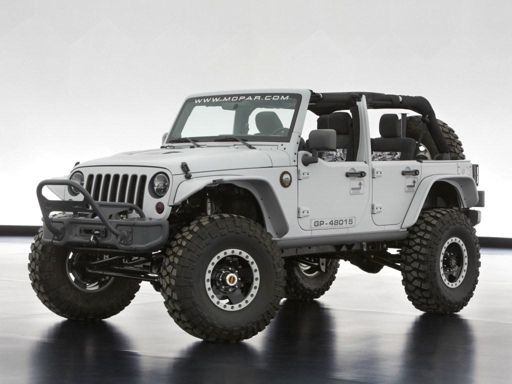 2013. Jeep Wrangler Mopar Recon Concept (JK)