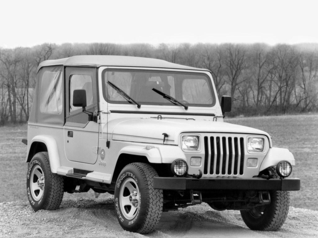 jeep_wrangler_sahara_2