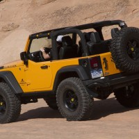 2012. Jeep Wrangler Traildozer Concept (JK)