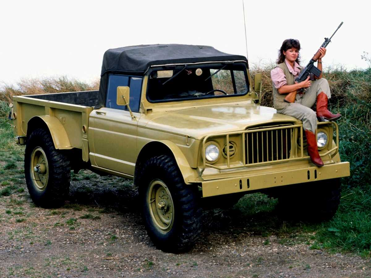 kaiser_jeep_m715_military_truck_5