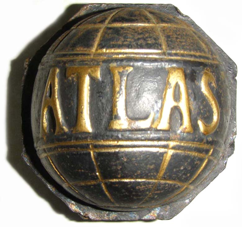 Atlas Motor Car Co. (1911 wheel hubcap)