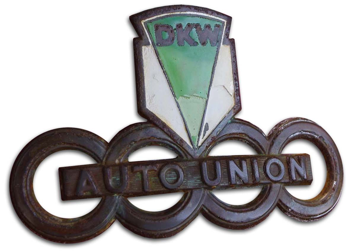 Auto-Union DKW Schnetllaster (1951 van hood emblem)