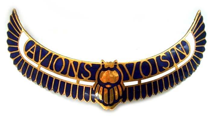 Avions Voisin (1929 grill emblem)