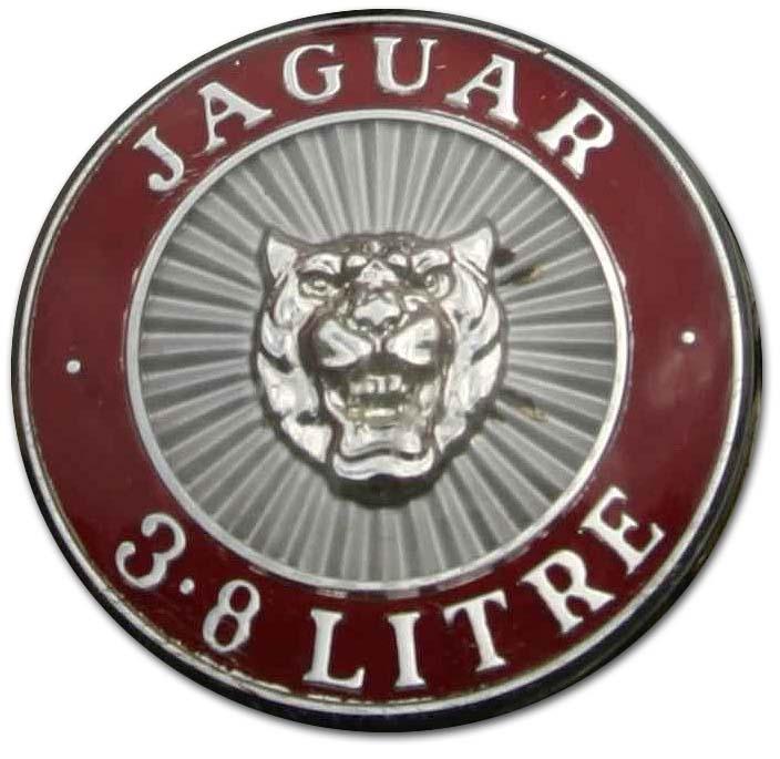 1965. Jaguar Mark II Saloon 3.8 Litre S Type (1965 grille emblem)