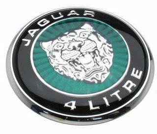 2002. Jaguar S-Type 4 Litre V8 (hood emblem)