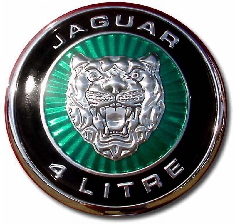 2002. Jaguar XKR 4 Litre V8