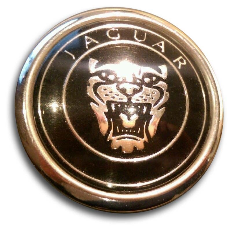 2008. Jaguar XKR 4.2 Litre X150 (2008 hood emblem)