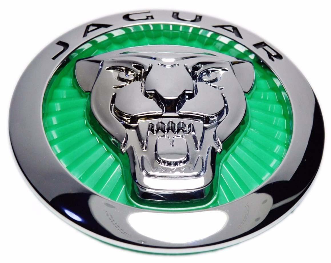 2012. Jaguar XF (2012 grille emblem, green)