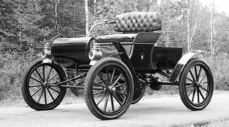 1902.Oldsmobile Model R Curved Dash Runabout