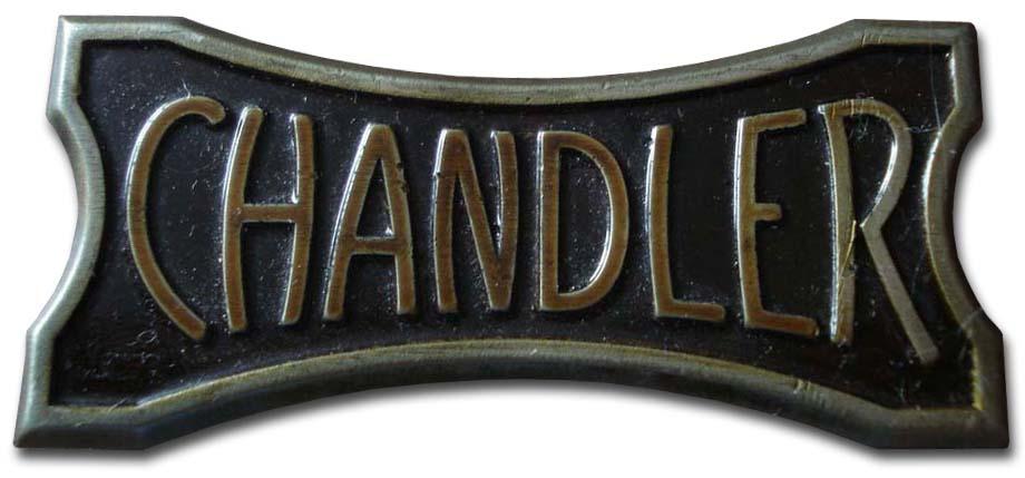 1923. Chandler Model 32 (1923 grill emblem)