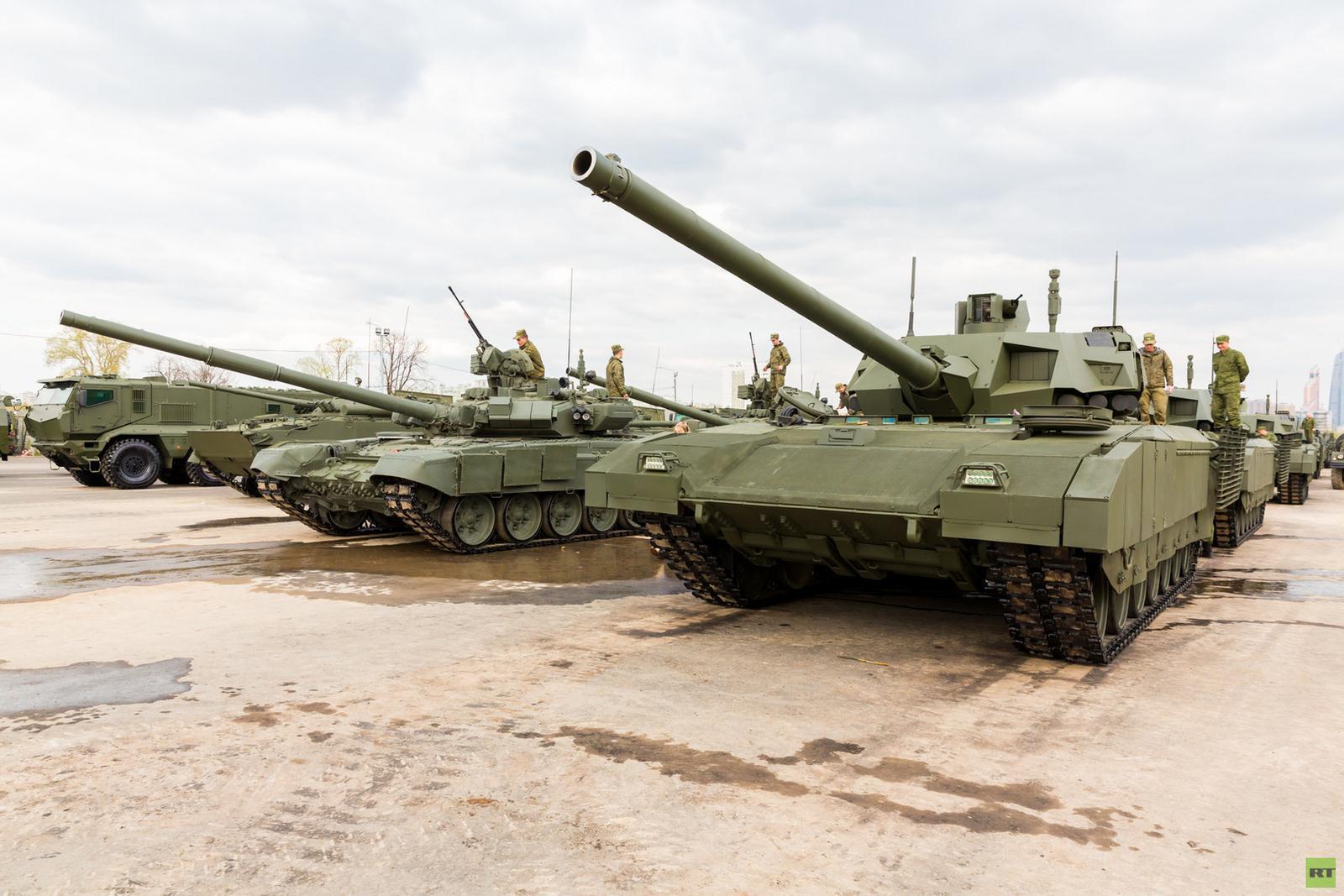 Россия стремительно перевооружает войска награнице сЕвропой