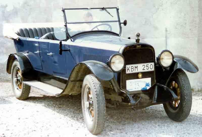 1919. Chandler Light Weights Model 19 Touring