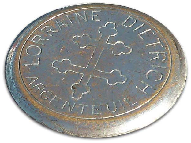 1925. Lorraine-Dietrich (radiator cap emblem)