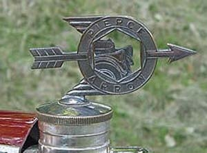 1924. Pierce-Arrow 33 Roadster (hood ornament)1