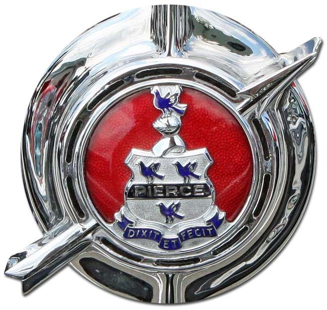 1936. Pierce-Arrow Model 1601 (5-passenger sedan grill emblem)