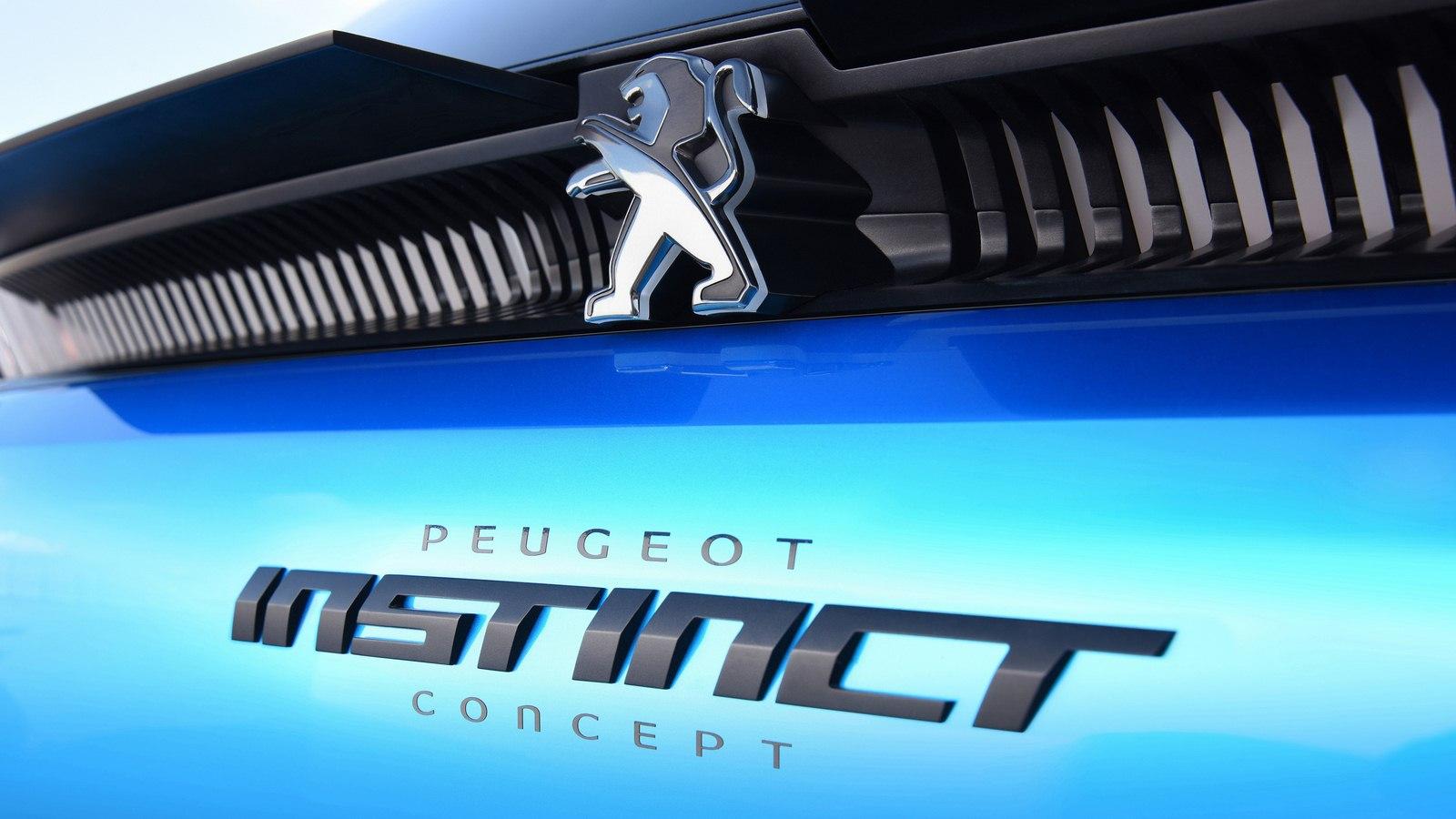 2017-Peugeot-Instinct-Concept-08