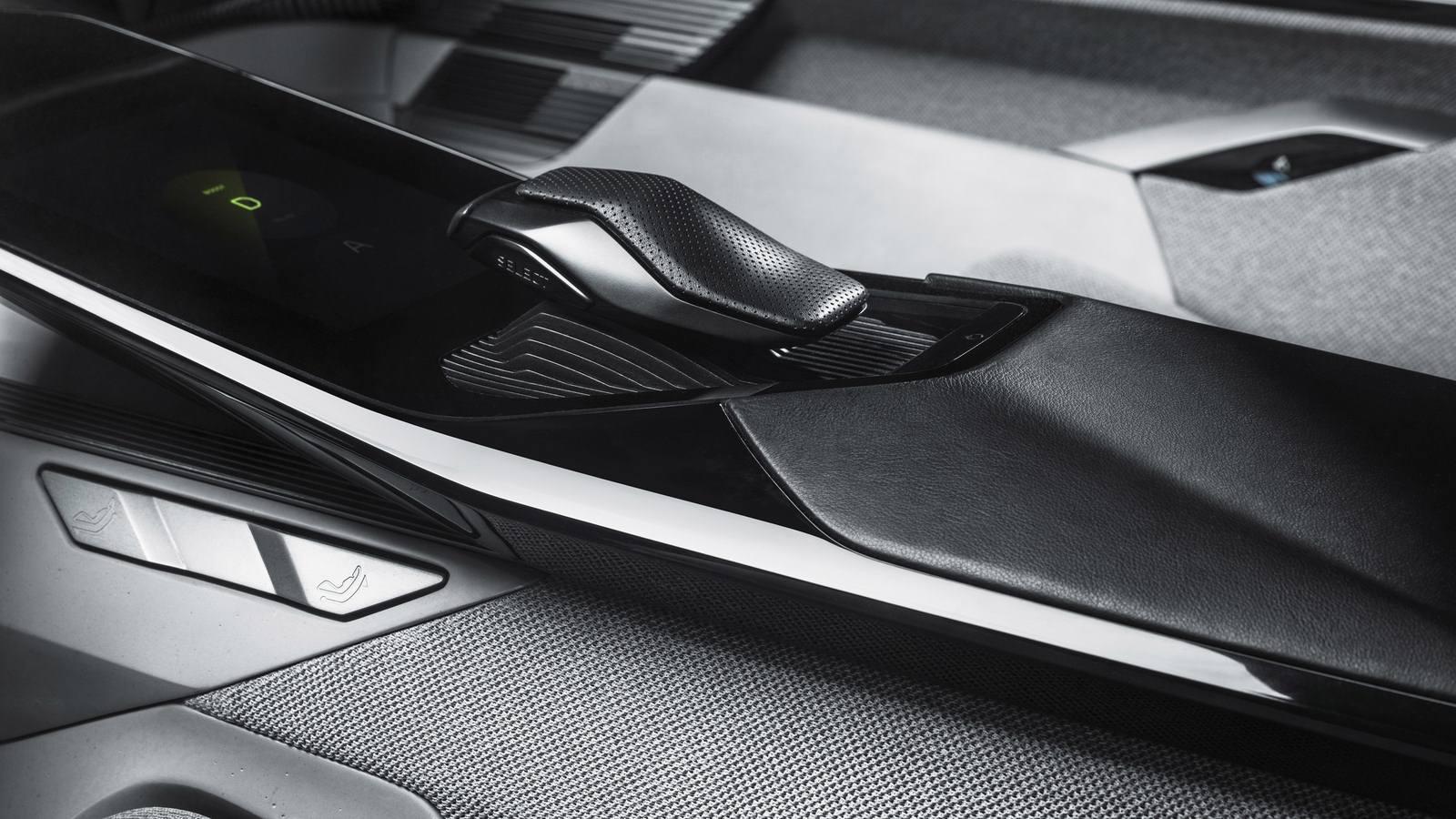 2017-Peugeot-Instinct-Concept-Interior-08