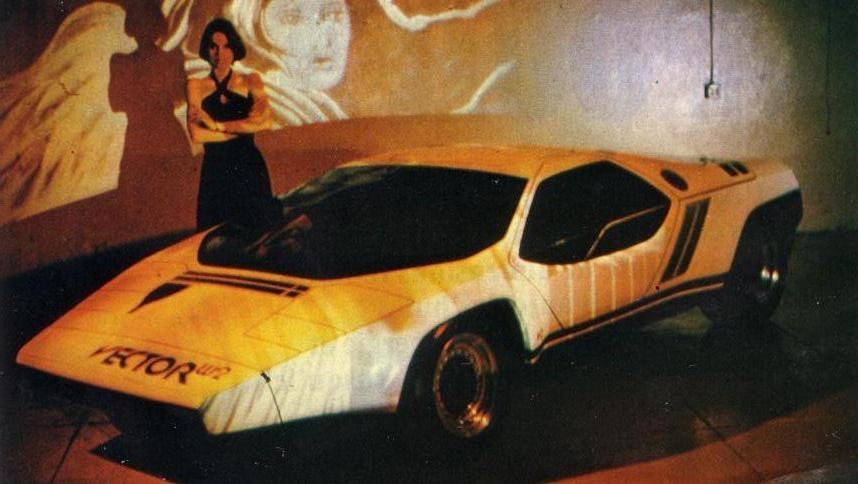 1976. Vector W2 Mockup
