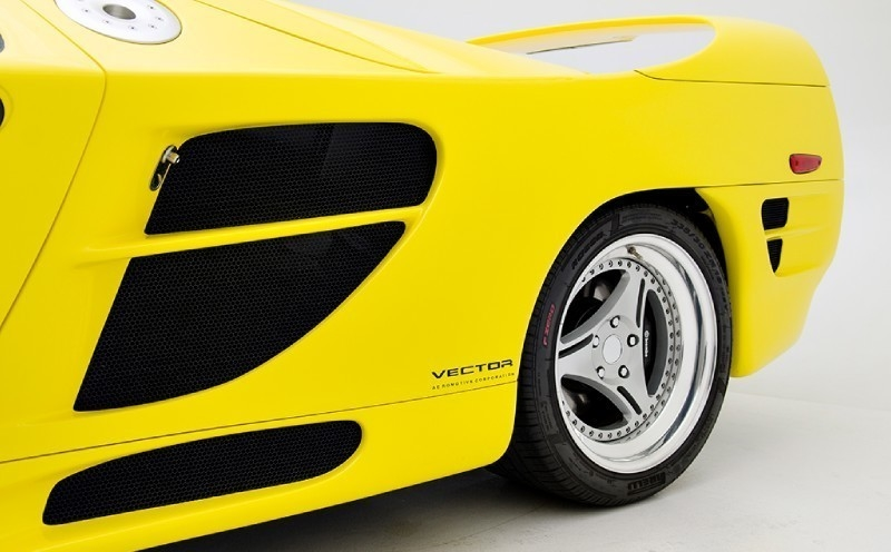 1995-1999. Vector M12