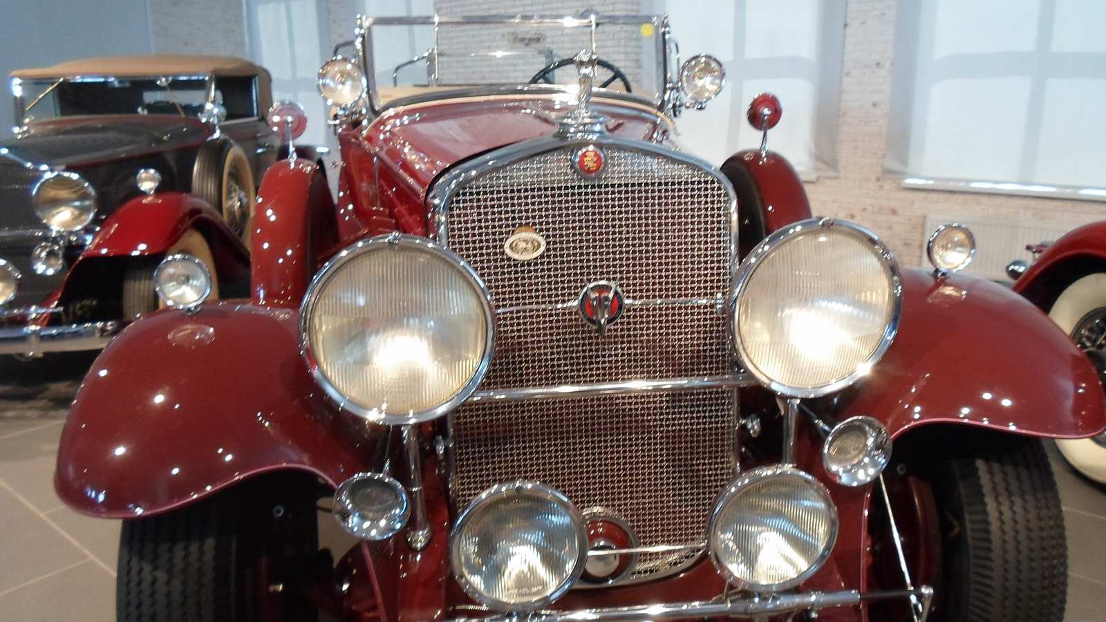 1930-1931. Cadillac 452 V16 Convertible Coupe by Fleetwood